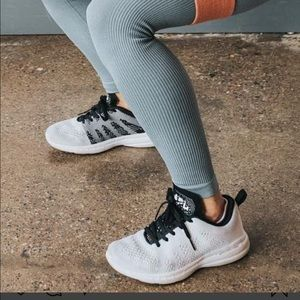 ISO APL shoe